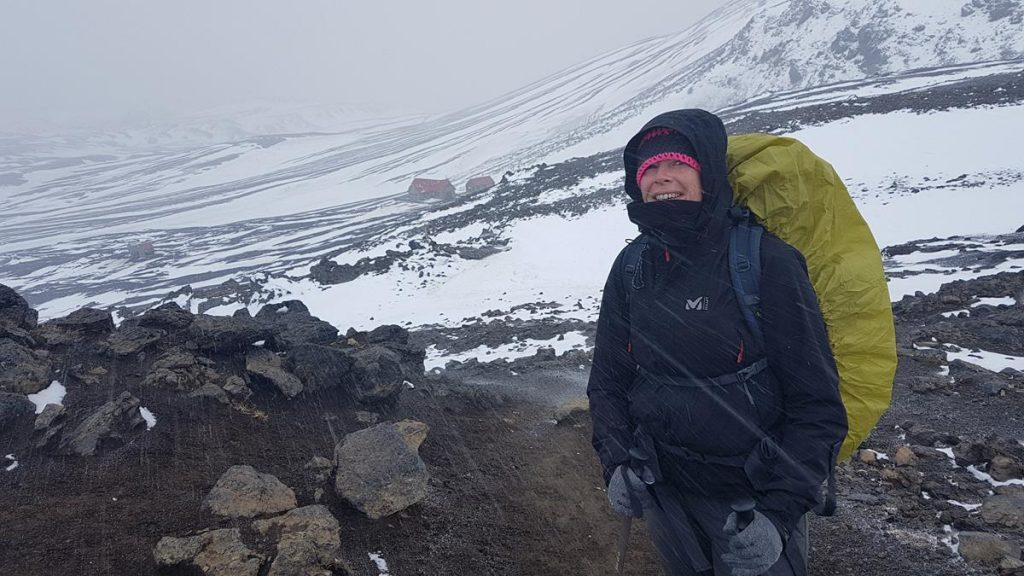 koude hagelregen tijdens de Laugavegur Trail in IJsland