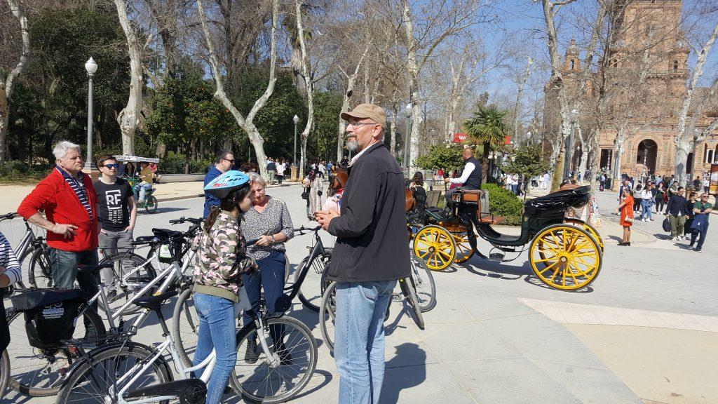 fietsen in Sevilla, citytrip met pubers
