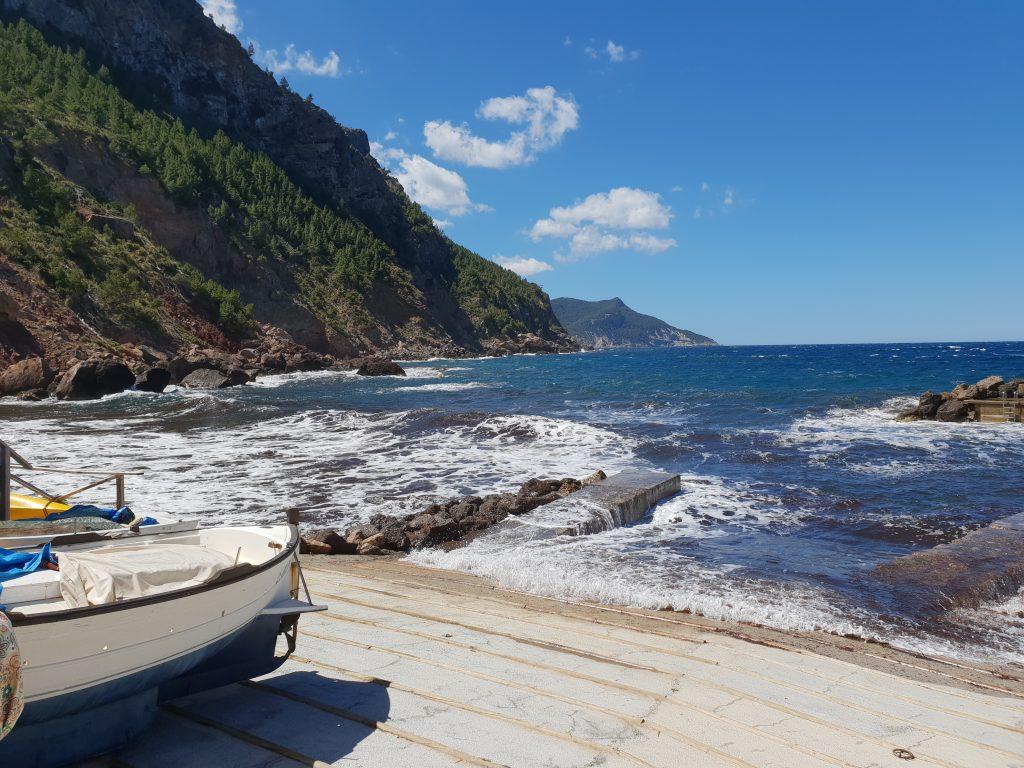 vakantie met tieners, vakantie met pubers, Port Valldemossa ,westen van Mallorca