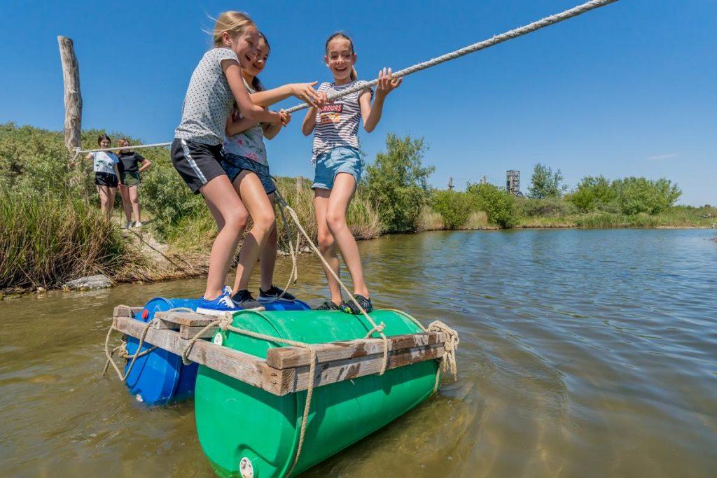 Zeeland buitenland, lekker spelen, zomervakantie in Nederland met pubers