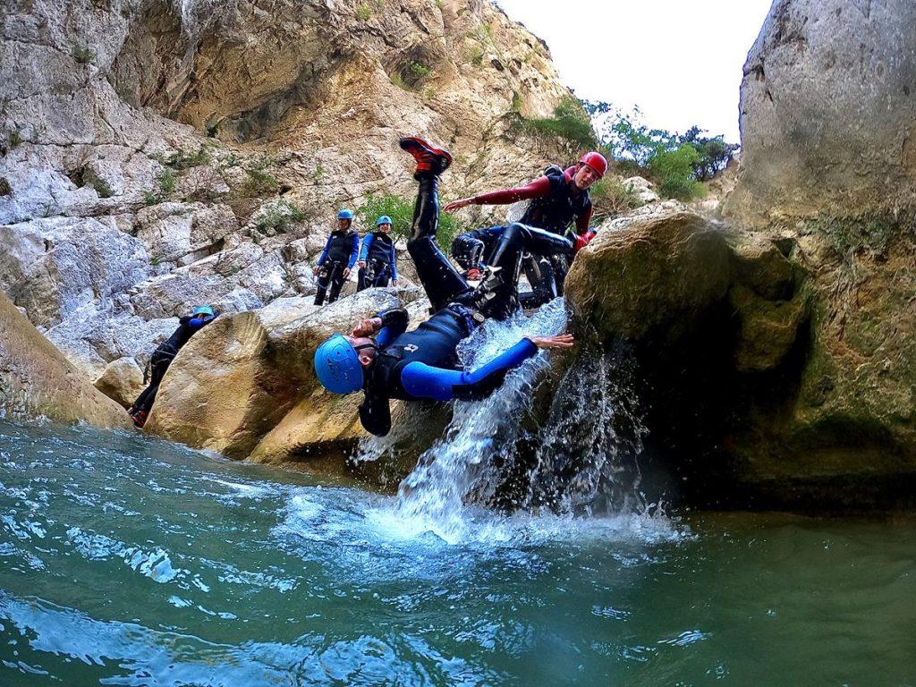 met tieners naar de Pyreneeën