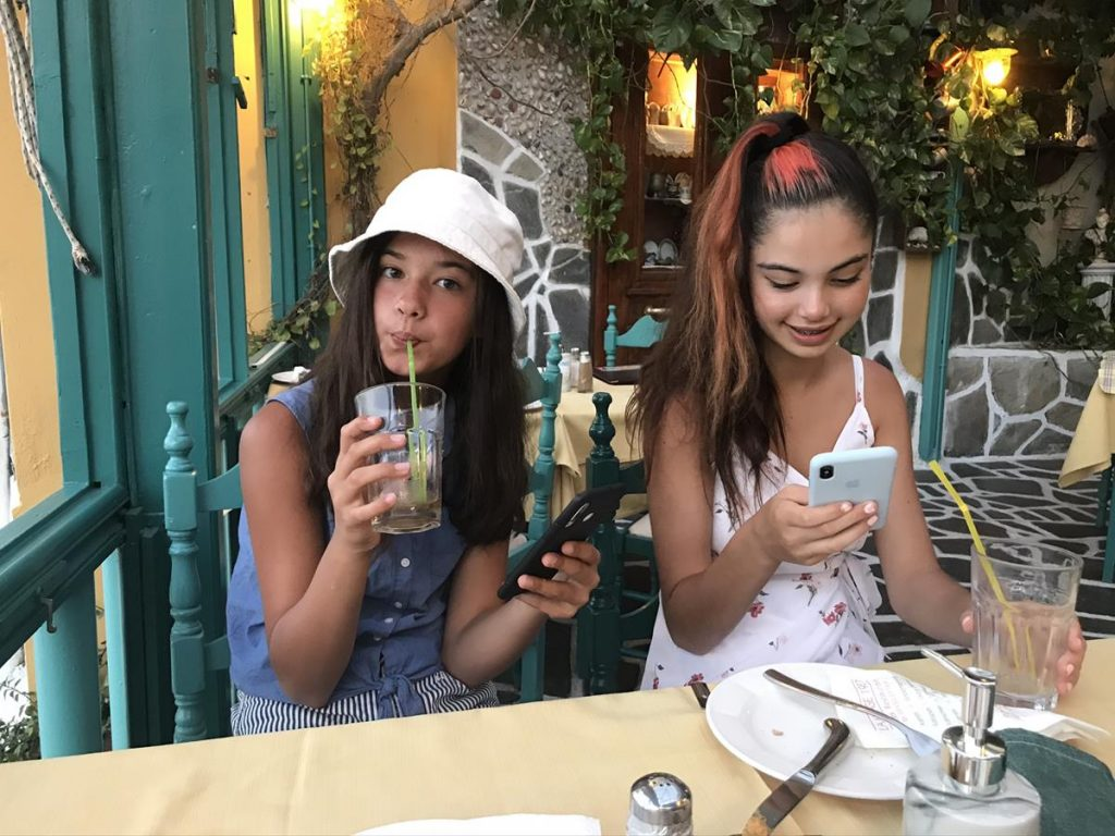 puberleed, telefoon, vakantie met pubers
