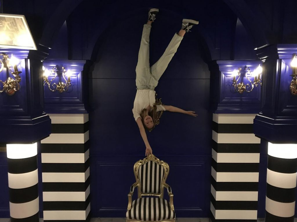 Instagram museum, upsidedown,Insta museum Amsterdam, Anna Nooshin