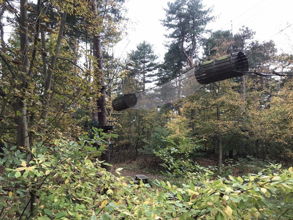 een hindernis in het klimbos