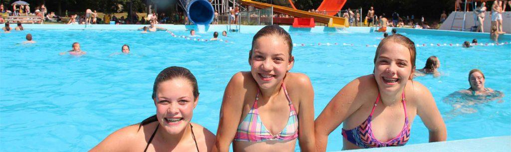 Bosbashoeven is een van de tienercampings in Nederland met veel zwembaden