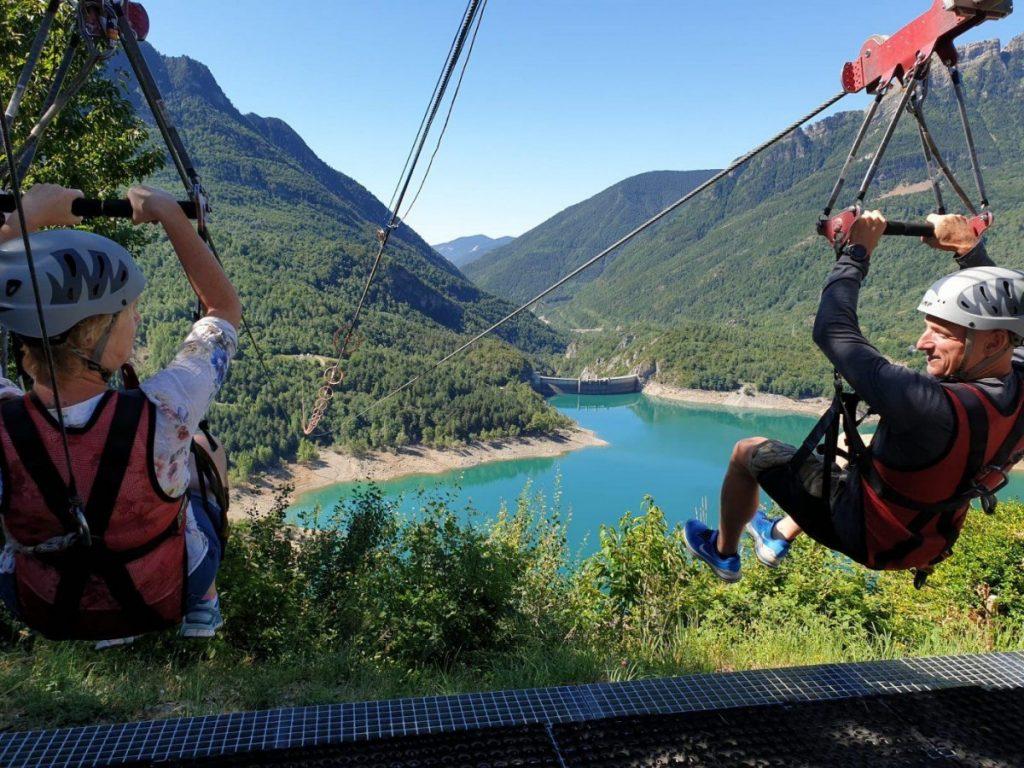 Een dubbele zipline, de langste van Europa in Hoz de Jaca
