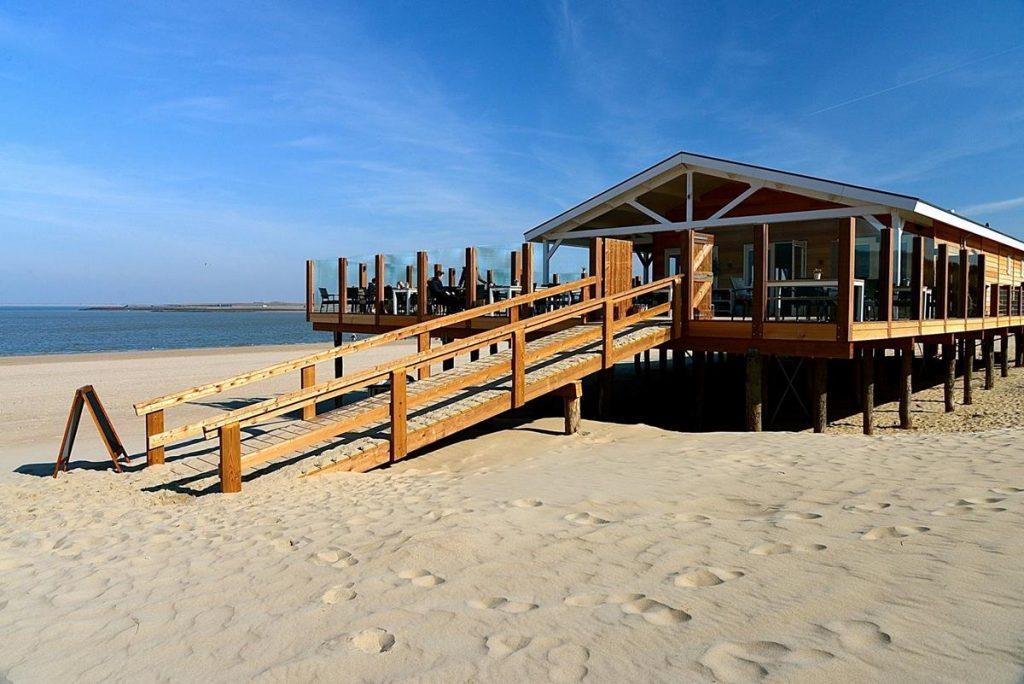 strandpaviljoen Corazon, brouwersdam, zomervakantie met in nederland